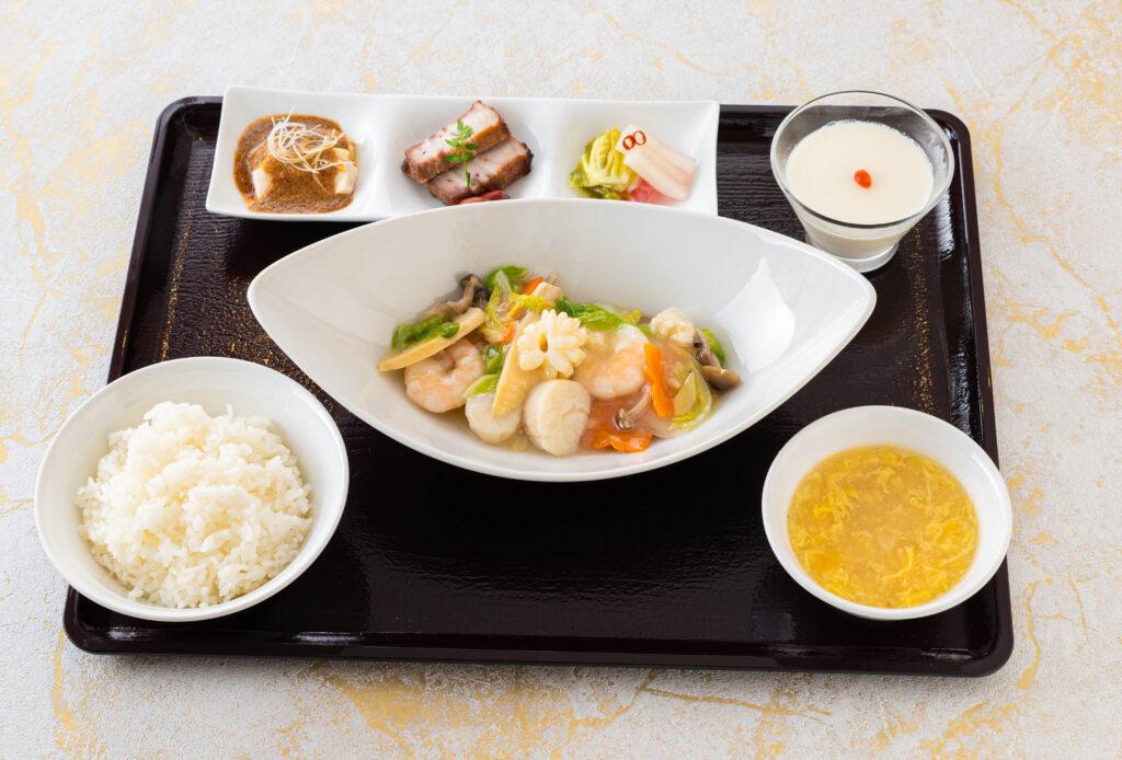 海鮮炒めランチ